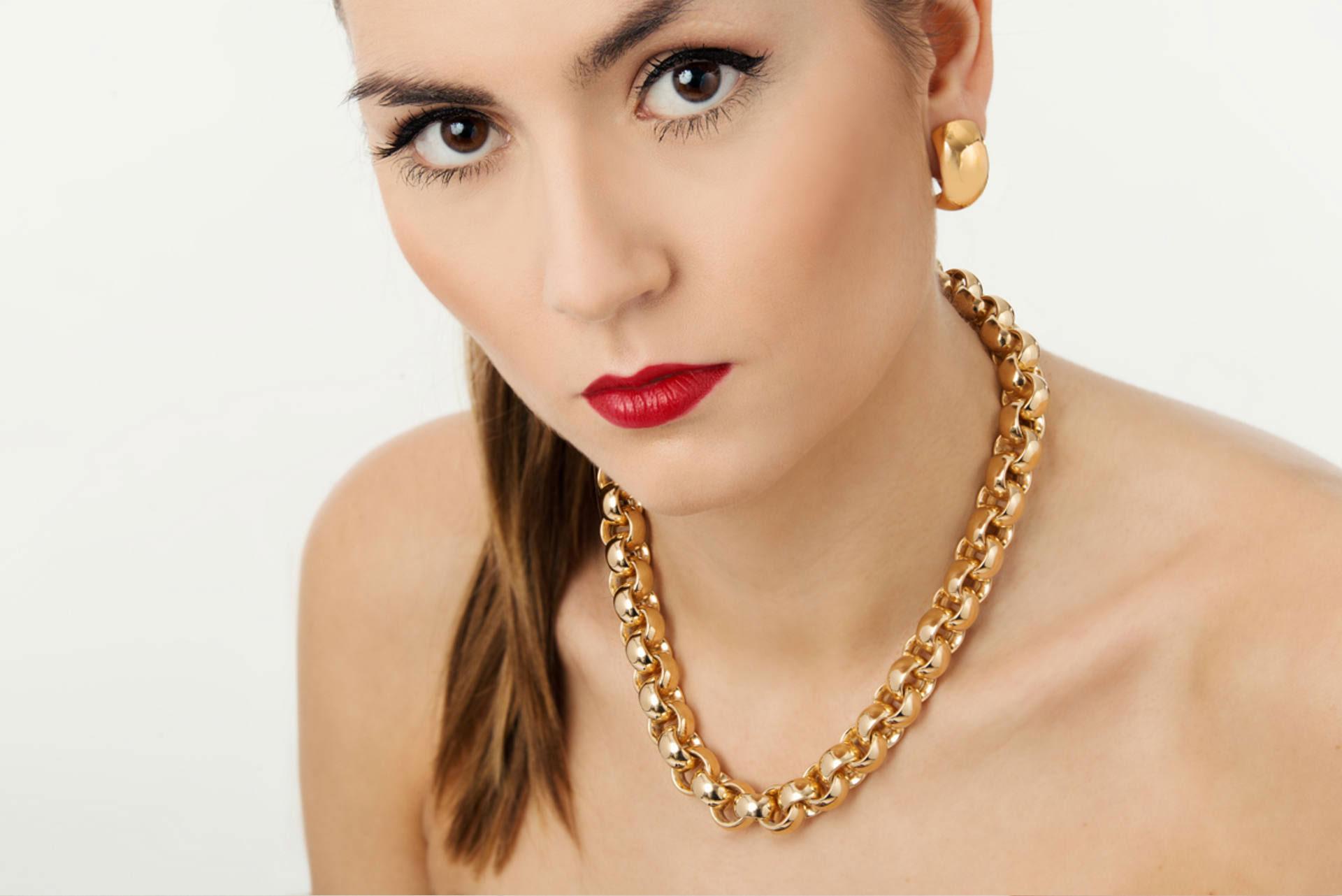Henrich Schmuck | Gold und Silber Schmuck - luxuriös und schlicht